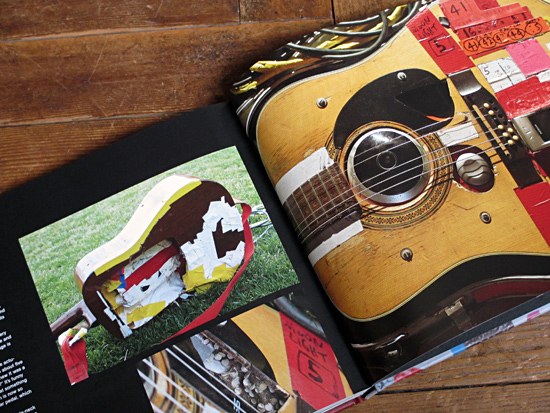 Wayne Coyne's Alvarez 12-string acoustic