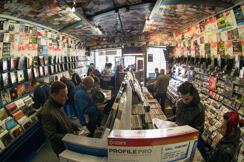Record Store Day 2013 at Banquet Records – Fat Sound on