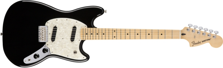 Fender Mustang in Black