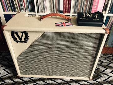 Victory V40 Deluxe amplifier